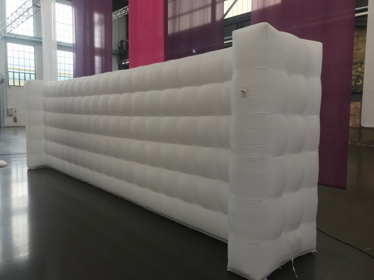 QuickSpace inflatable i-Wall 8m